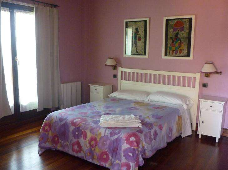 Agroturismo Goiena habitacion lila
