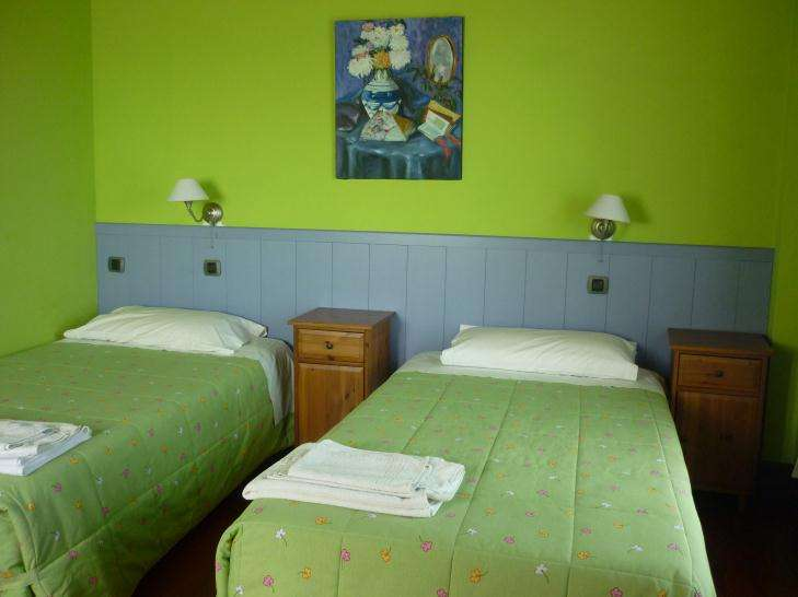 Agroturismo Goiena habitacion verde 2 camas