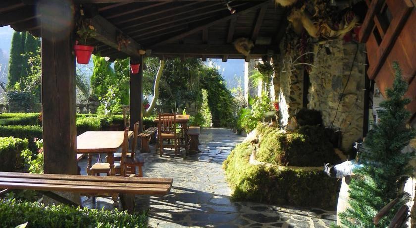 Casa rural Izarre porche