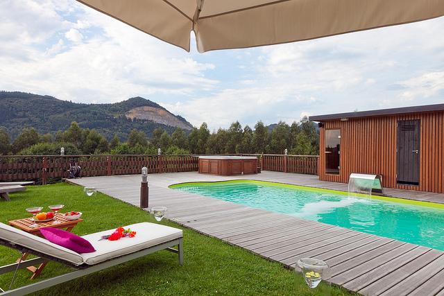 Hoteles y alojamientos cerca de bilbao desde 35 for Hoteles en bilbao con piscina