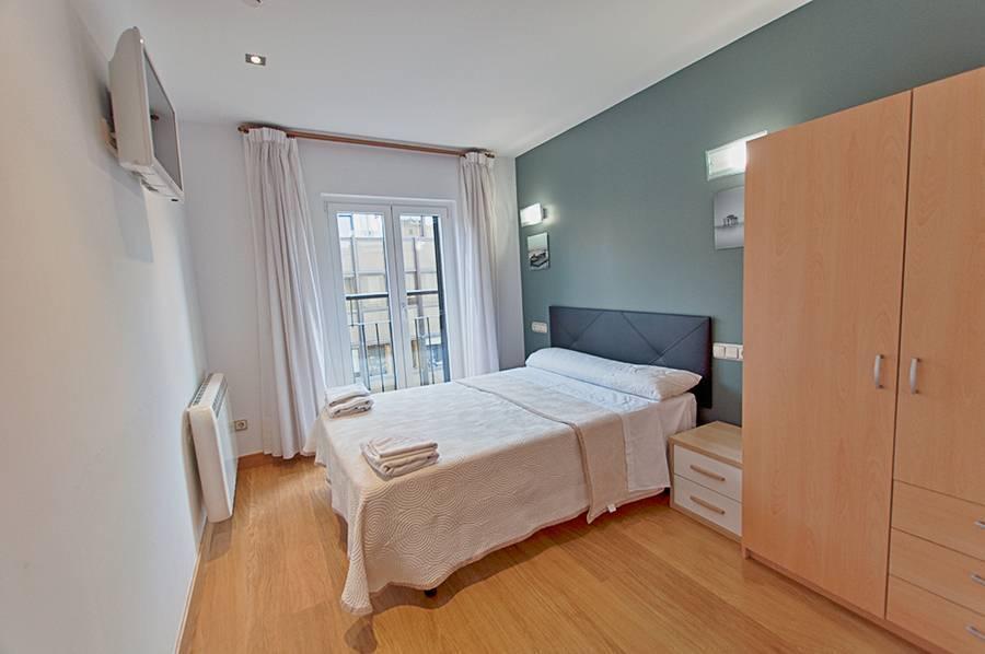 Habitaciones balc n con vistas tv calefacci n - Insonorizacion de habitaciones ...