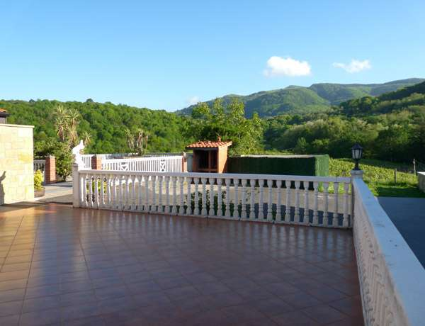 Terrace with Pagoeta Nature Reserve views