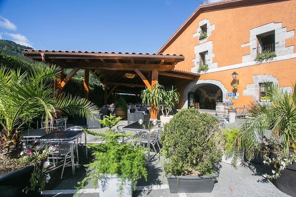 LARRAÑAGA HOTEL RESTAURANTE EN AZPEITINA