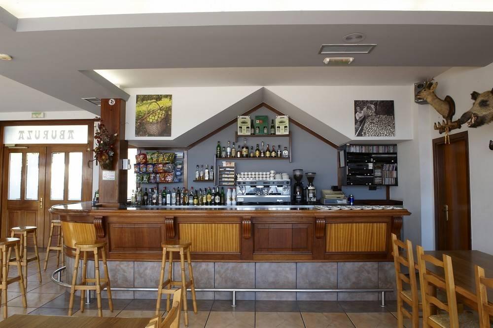 Aburuza Sagardotegia Cafetería