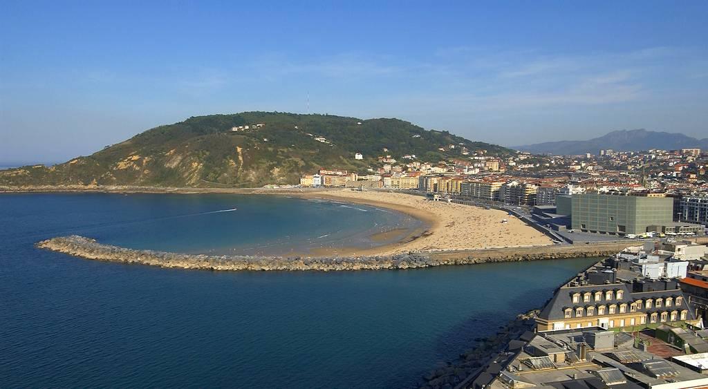 Donostia-San Sebastián muy cerca de Pension Beizama