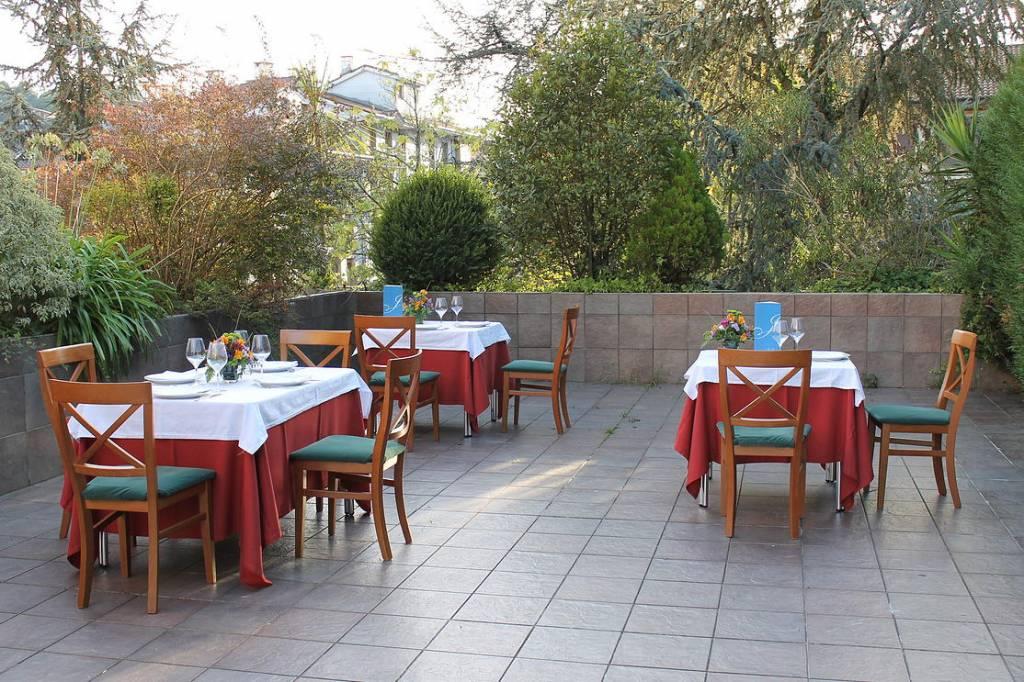 Joseba restaurante terraza
