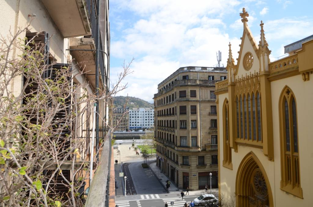 Pension Views of the centre of San Sebastian
