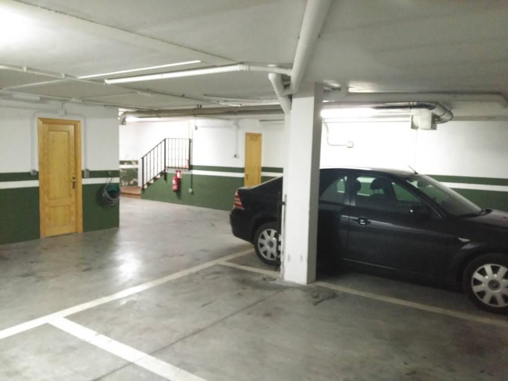 Hotel Posada Don Jaime - S.L. de El Escorial - Garage