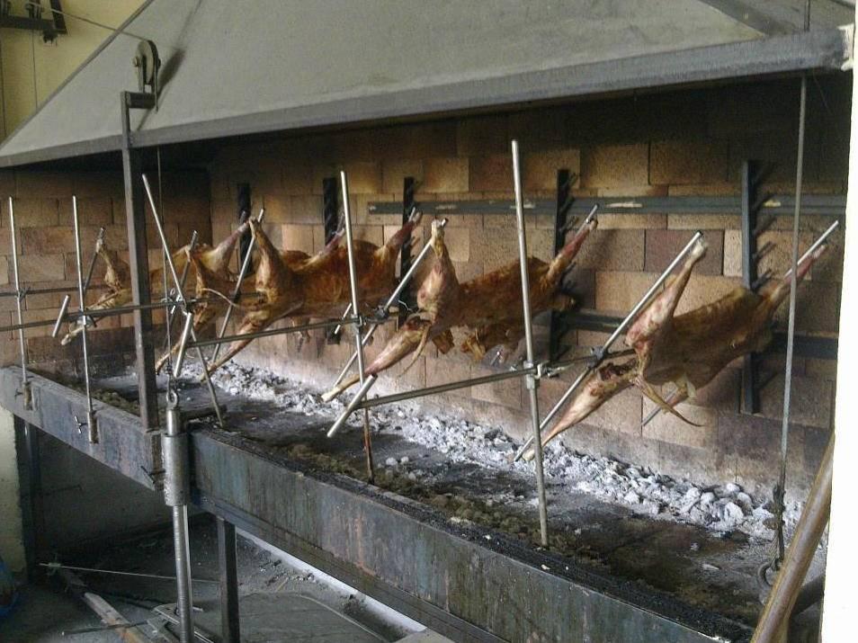 Especialidad restaurante Pikua en Mutriku pescados y carnes frescos a la parrilla